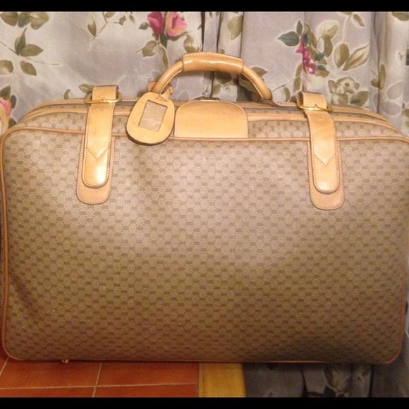 292c512ead7b Gucci Handbags - SALE🔥Rare GUCCI Supreme Bag Luggage Carryon